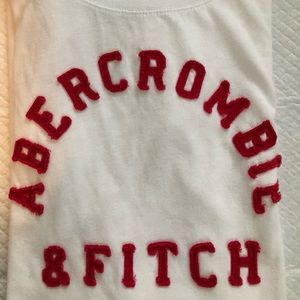 Abercrombie and Fitch size M